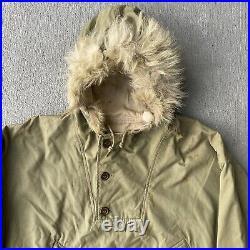 WW2 WWII US Army Reversible Wolf Fur Trimmed Hood Ski Parka Original OD & White